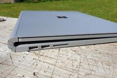 Microsoft Surface Book 3 - Anschlüsse links