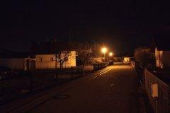 Straße in der Nacht - Nokia 5.4 Hauptkamera