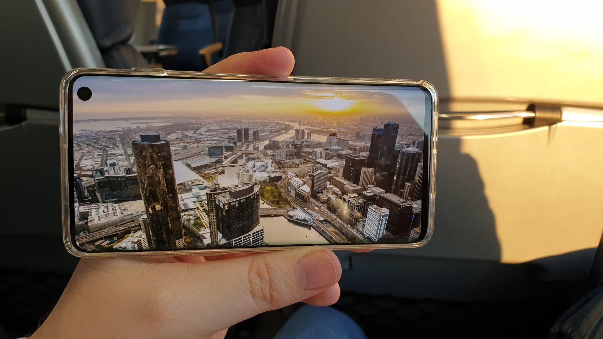 Samsung Galaxy S10 - Film im Vollbildmodus